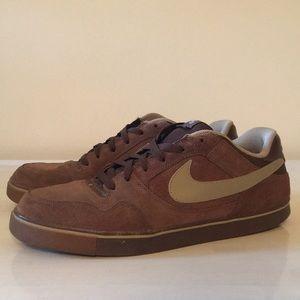 Nike SB Sneaker, Size 13